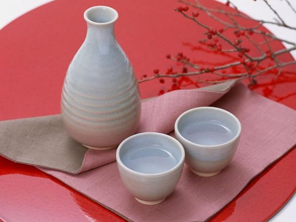 Rượu Sake được sử dụng trong ngày Tết