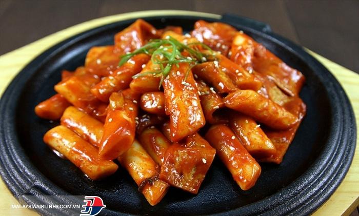Bánh gạo cay Tokbokki Hàn Quốc