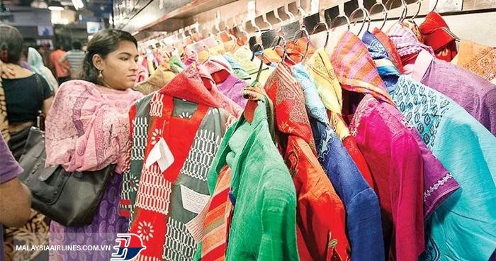 Mua sắm ở Dhaka