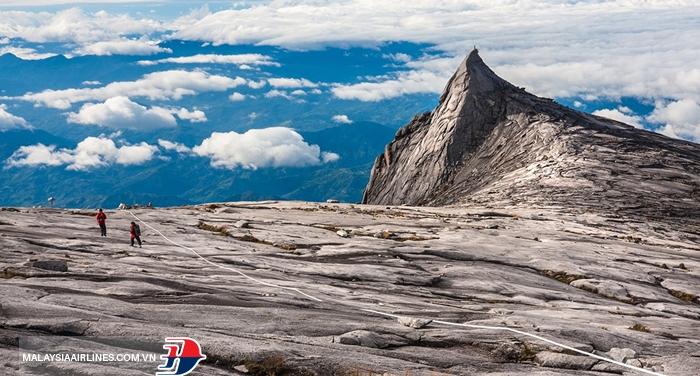 Đỉnh núi Kinabalu