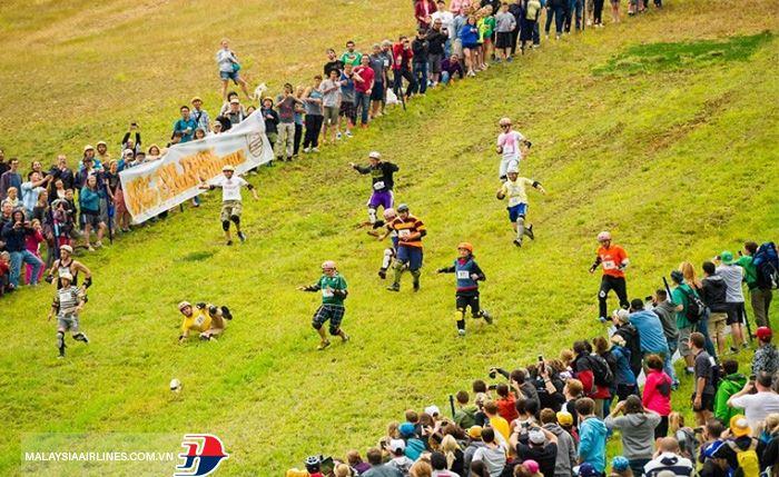 Lễ hội lăn pho mát