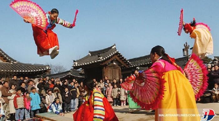 Dịp Tết có rất nhiều trò chơi truyền thống